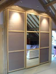Sliding Mirror Wardrobe Sliding Wardrobe Doors With Inset Mirror U0026 Textural Grasscloth