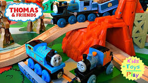 Thomas The Train Play Table Thomas Train Thomas And Friends Wood Play Table Misty Island