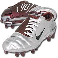 Nike T90 the nike t90 in maroon and silver i had a pair of these