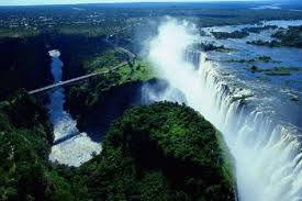famous waterfalls in the world biggest largest waterfalls in the world