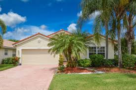 properties for sale in crescent lakes in boca raton florida