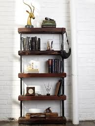 Building Wood Bookshelf by Best 25 Rustic Bookshelf Ideas On Pinterest Bookshelf Diy Diy