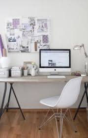 Things To Keep On Office Desk How To Organize Your Desk Myukapartment