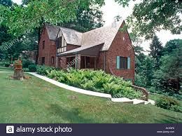 pittsburgh pa usa america brick green lawn suburbs single