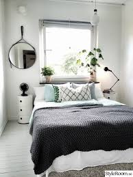 Make The Bed In Spanish Best 25 Simple Bedrooms Ideas On Pinterest White Bedroom