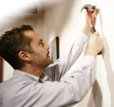 how to hang a painting how to hang a painting a free guide from xanadu gallery reddotblog