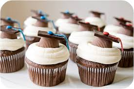 graduation cupcake ideas 30 most creatively done graduation cupcakes