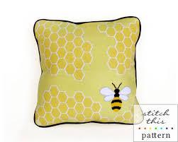 honey bee needlepoint kit thread studio