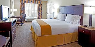 London Hotel With Jacuzzi In Bedroom Holiday Inn Express U0026 Suites Columbus At Northlake Hotel By Ihg
