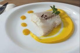cuisiner le lieu jaune recette en vidéo lieu jaune confit à l huile de coriandre