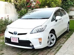 toyota prius sales 2013 toyota prius s touring selection 1 8 2013 for sale in islamabad