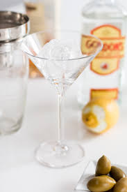 vesper martini james bond bubbly friday the vesper the daily dose