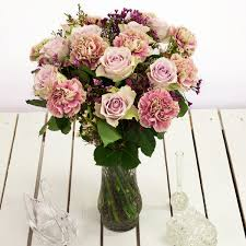 cheap flowers cheap flowers valueflora uk next day delivery bouquets order online