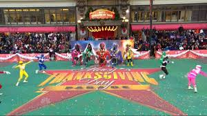 parade thanksgiving power rangers live at the macy u0027s thanksgiving day parade youtube
