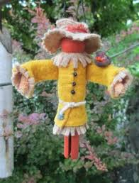 scarecrow clothespin ornament by moderationcorner