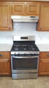 Kitchens With Maple Cabinets My Sister U0027s New Kitchen Surprise It U0027s Not White Or Subway Tile