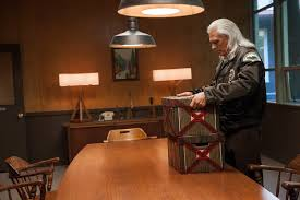 inside twin peaks u0027 scene stealing sets