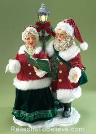 mr mrs claus carrolers 25th anniv santa claus figurines and