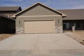 Overhead Door Sioux Falls Sd Mls 21801053 4000 E Brewster St Sioux Falls Sd 57108