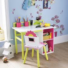 bureau enfants fille chambre d enfant 40 bureaux mignons pour filles et garçons