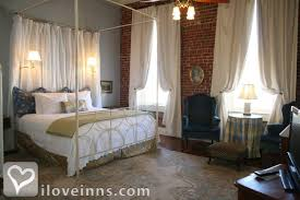 Brenham Bed And Breakfast Ant Street Inn In Brenham Texas Iloveinns Com
