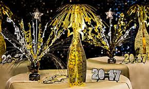 New Year S Eve Decoration Colors by Black Silver U0026 Gold Theme Party New Years Holiday Parties