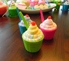 awesome baby shower gifts mini baby washcloth sundae unique baby shower gifts and favors