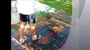 come lavare i tappeti persiani lavare il tappeto morandi tappeti