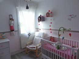 accessoire chambre fille chambre enfant chambre bébé fille accessoires accents roses déco
