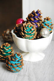 10 pinecone crafts for