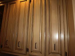 Putting Trim On Cabinets by Diy Shaker Molding To Plain Doors Style Cabinets Cabinet Door Edge