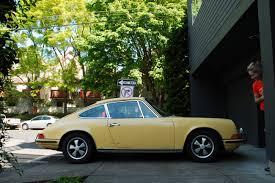 butzi porsche old parked cars 1969 porsche 911t