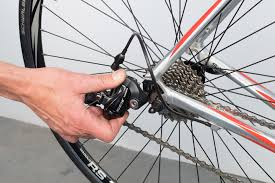 wheel removal and installation park tool