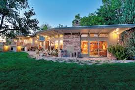 Midcentury Modern Homes For Sale - here are 6 beautiful homes for sale in idaho