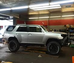 toyota lifted rdbla 2014 toyota 4runner matte grey lifted with larger tires