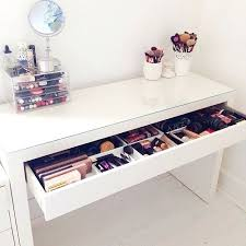 Diy Makeup Vanity Chair Desk White Makeup Desk White Makeup Table Chair Best 25 Makeup