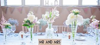 wedding flowers table cotswold blooms wedding florist specialising in fair