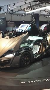 lykan hypersport doors lykan hypersport production version storms into dubai motor show