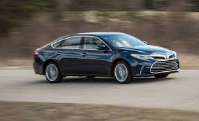 what car toyota 2018 toyota avalon in depth model review car and driver