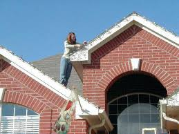 how to install christmas lights how to hang christmas lights on roof lights install light hanging