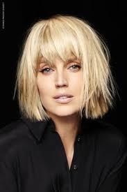 nouvelle coupe de cheveux coiffure carré plongeant coiffure cheveux bouclés coiffure
