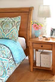 Budget Bedroom Makeover - master bedroom makeover on a budget