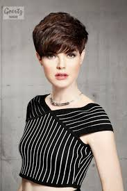 how to cut a short ladies shag neckline 42 sexiest short hairstyles for women over 40 in 2018