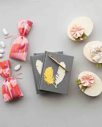 wedding favors for guests give fabric the diy treatment 3 wedding favors that will