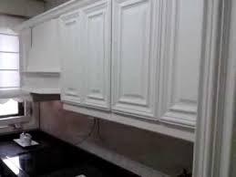 lacar muebles en blanco como lacar en blanco una cocina de roble 2