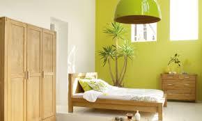 chambre verte chambre verte et beige mobilier décoration