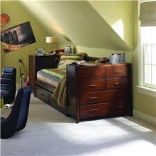 Daybed With Drawers Captian Style Daybeds Kendall Twin Daybed With Dresser Trundle