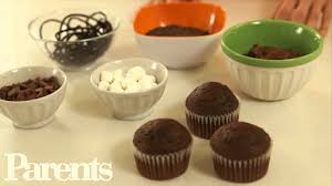 easy halloween desserts spider cupcakes parents youtube