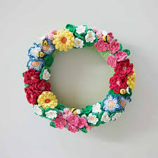 flower wreath ravelry crochet flowers bees wreath pattern by mandy o sullivan