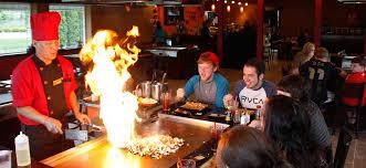 cuisiner au teppanyaki fu ki japanese steakhouse sushi bar teppanyaki style cuisine